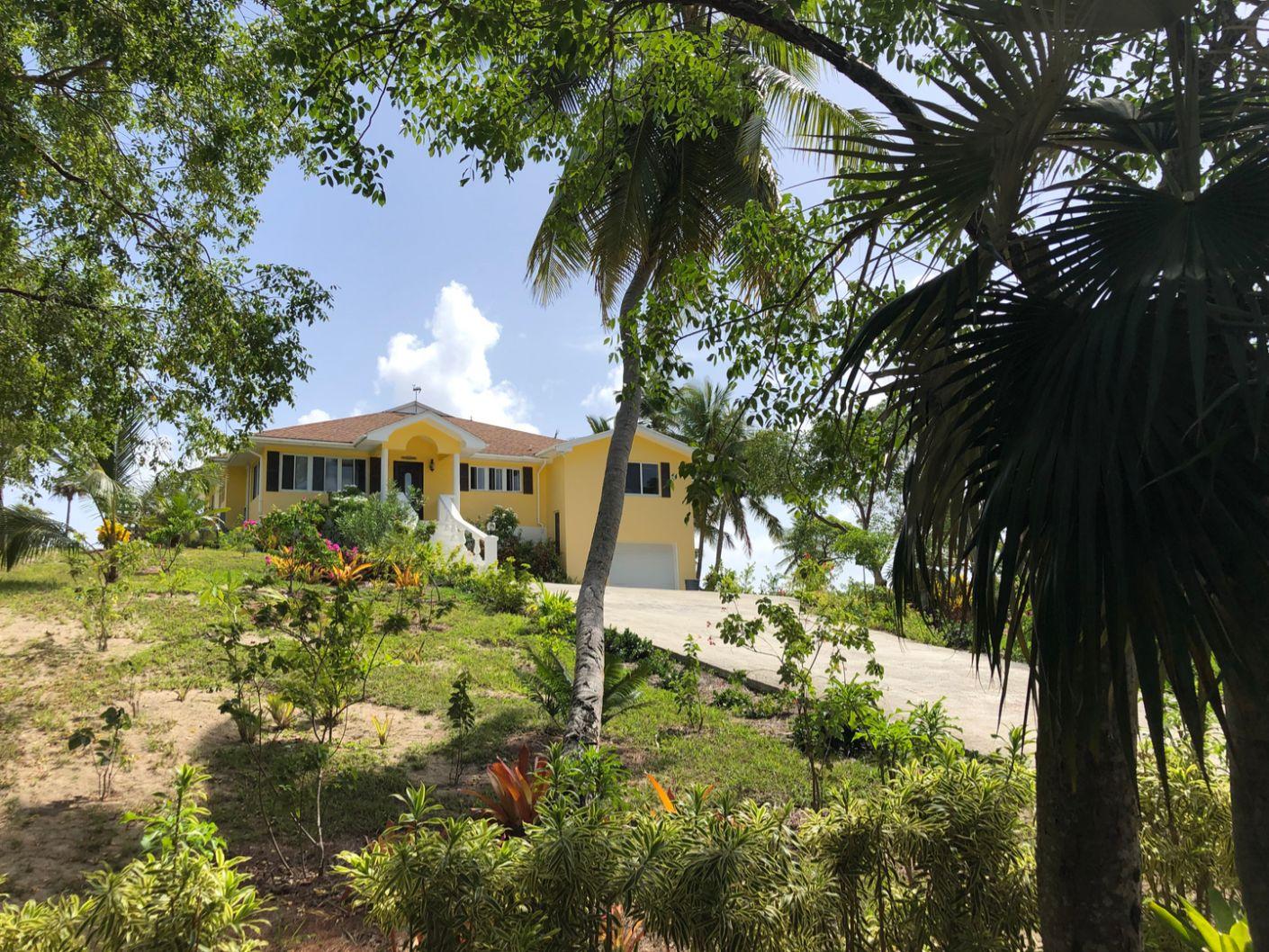 Barefoot Beach Villa